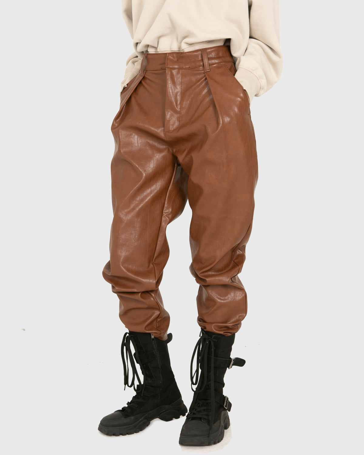 raucohouse-FAUX PINTUCK LEATHER PANTS - RAUCO HOUSE♡韓國男裝褲子
