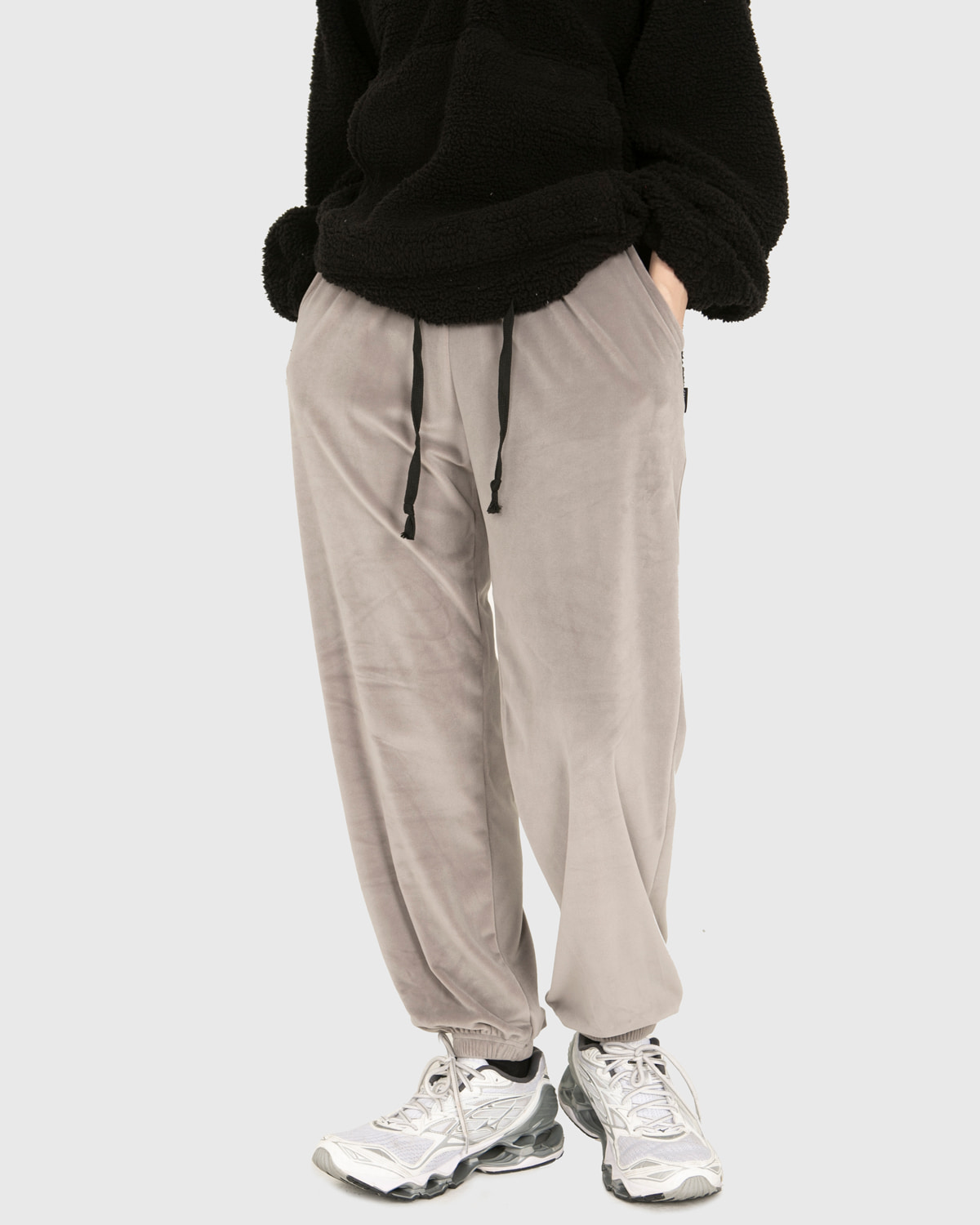raucohouse-SOFT VELOUR JOGGER PANTS - RAUCO HOUSE♡韓國男裝褲子