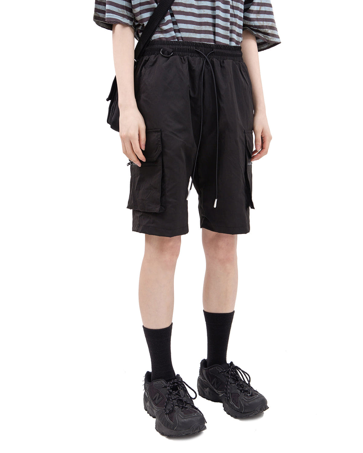 raucohouse-D-RING DETAIL CARGO POCKET SHORT PANTS - RAUCO HOUSE♡韓國男裝褲子