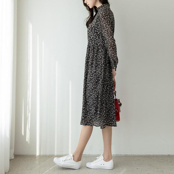 misscandy-[no.18403 프릴넥 뒷리본 잔꽃원피스]♡韓國女裝連身裙