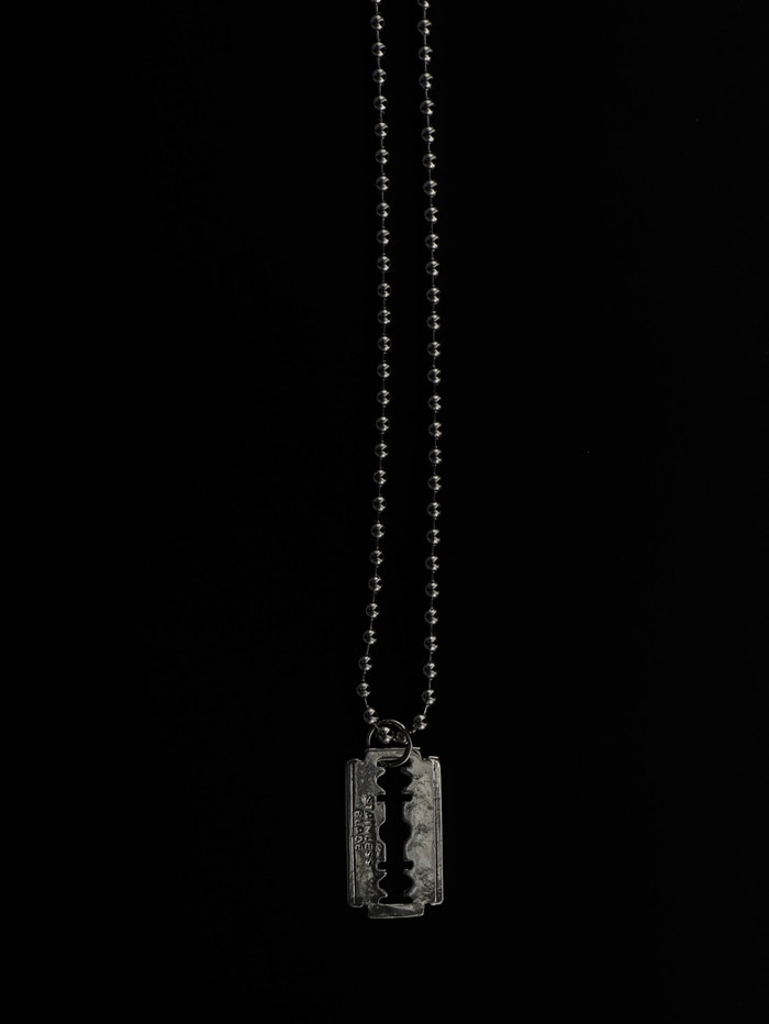 justyoung-MB Razor Blade Necklace♡韓國男裝飾品