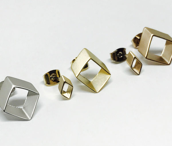 planj-Luna earrings♡韓國女裝飾品