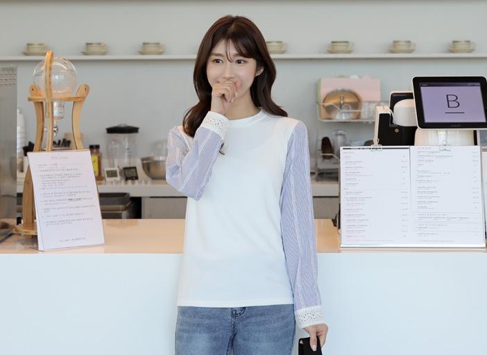 clicknfunny-[캐드리 배색티셔츠]♡韓國女裝上衣