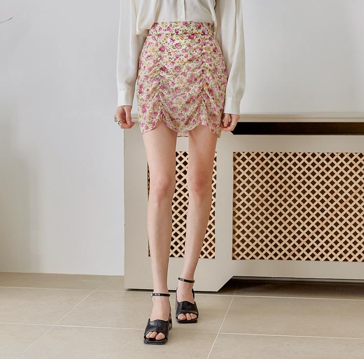 玫瑰束口短裙