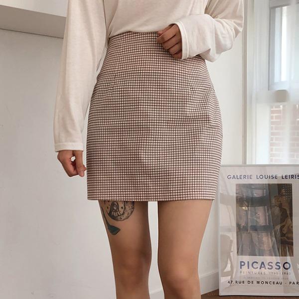 細格紋高腰短裙