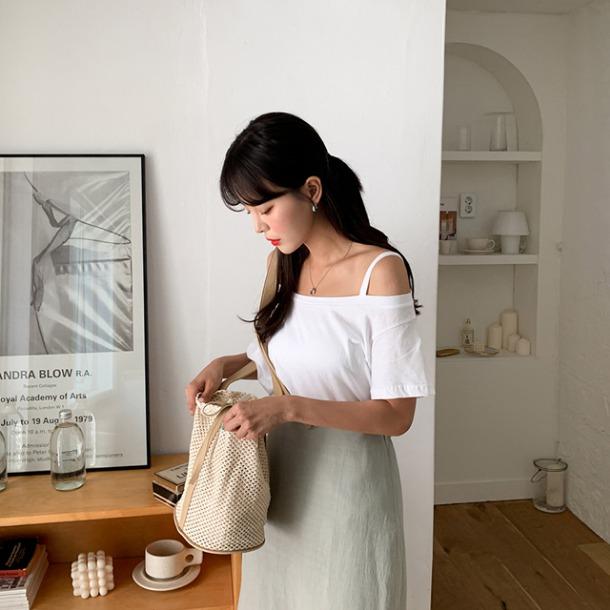 merongshop-율리아숄더끈t♡韓國女裝上衣