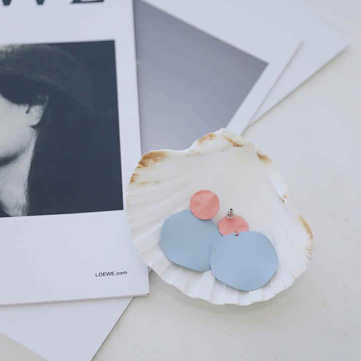 lemite-소프트배색 써클귀걸이♡韓國女裝飾品