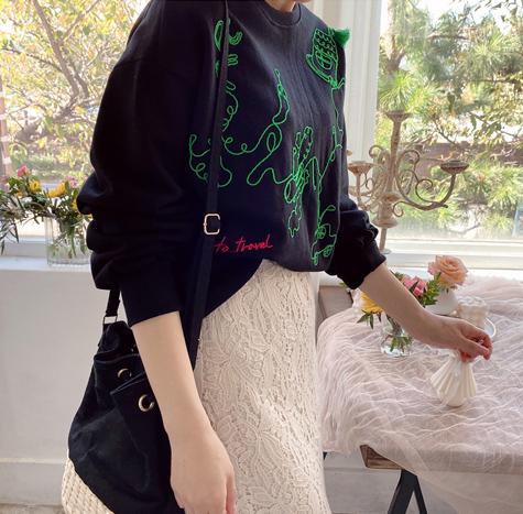 leelin-[카툰자수 포인트 티[size:F(55~66)]]♡韓國女裝上衣
