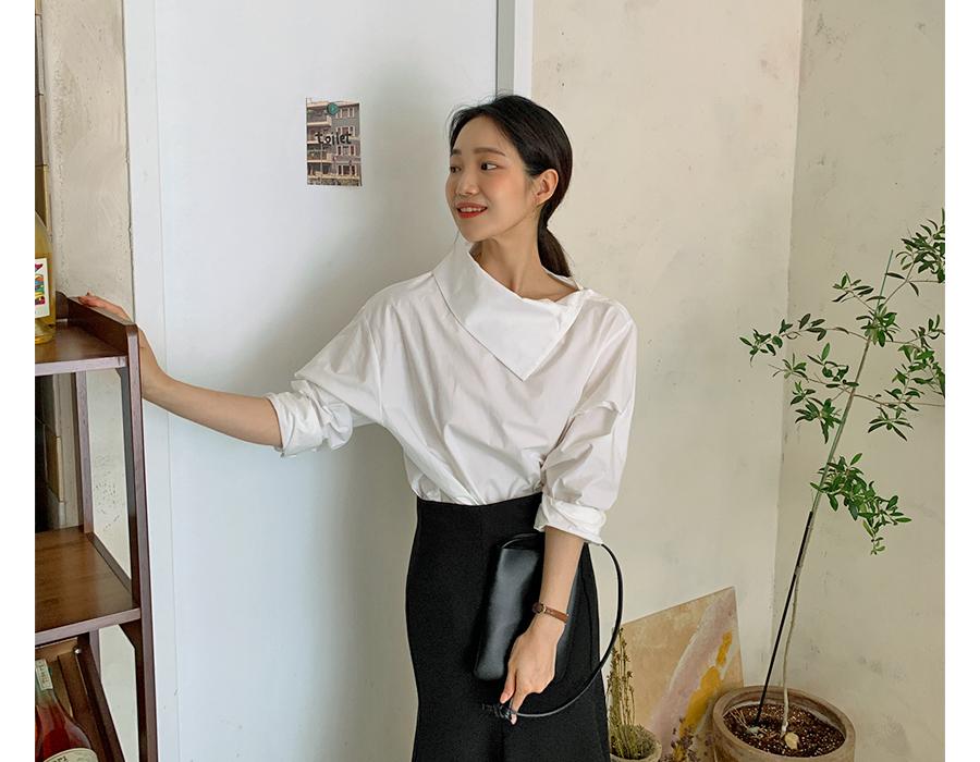 frombeginning-다이애그널 코튼블라우스 (2color)♡韓國女裝上衣