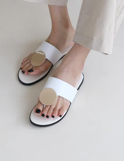 indibrand-라운드 골드 샌들(수입)♡韓國女裝鞋