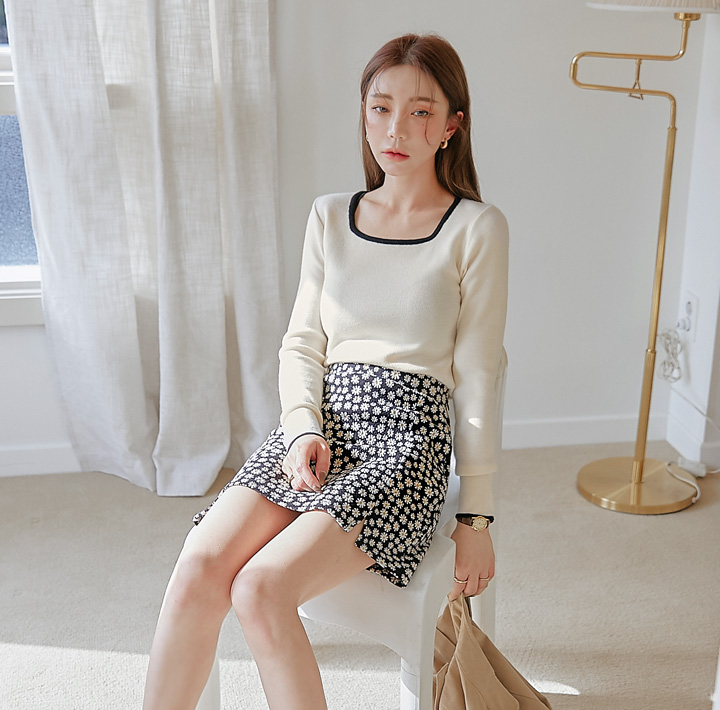 common-unique--카밀라 컬러링 스퀘어 넥 니트♡韓國女裝上衣