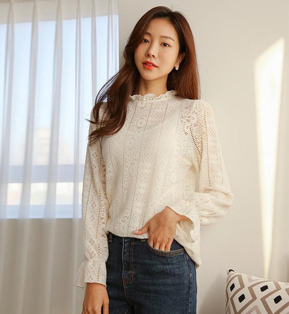 justone-젠놀 기모 펀칭 레이스티♡韓國女裝上衣