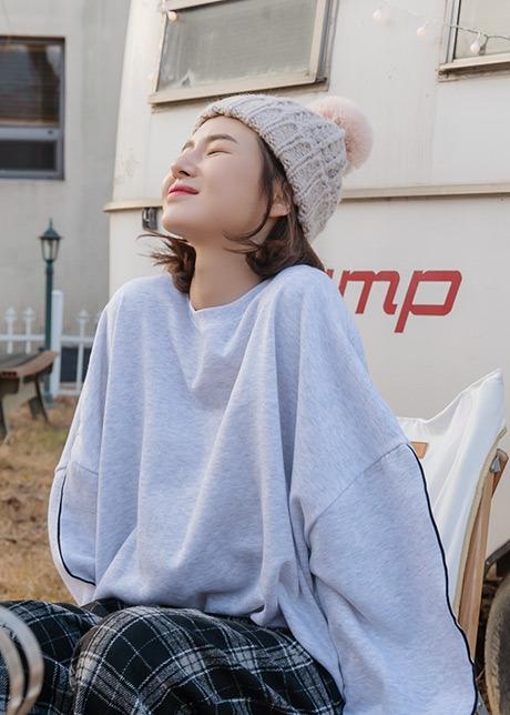 loloten-타탈 짜임니트 방울비니♡韓國女裝飾品