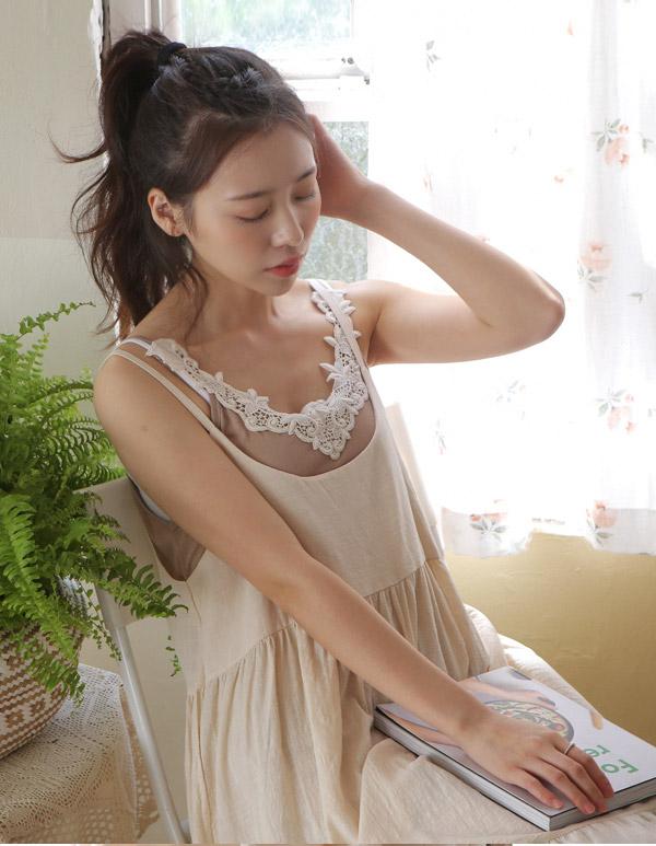 goroke-[아일렛 끈나시*2c]♡韓國女裝上衣