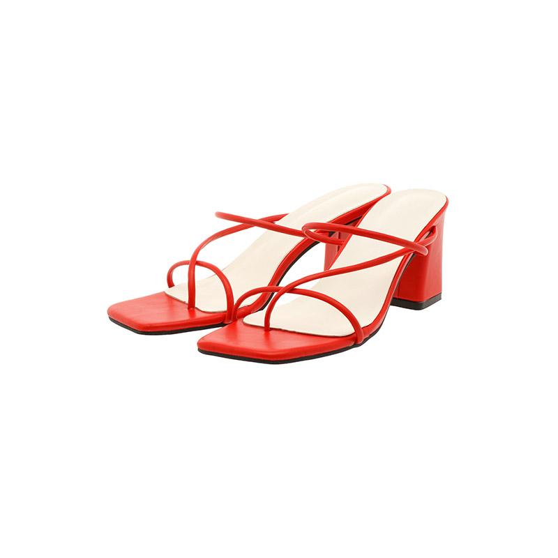 attrangs-sh1874 발등을 감싸주는 유니크한 스트랩 장식과 스퀘어 쉐입의 쪼리 뮬 미들힐 shoes♡韓國女裝鞋
