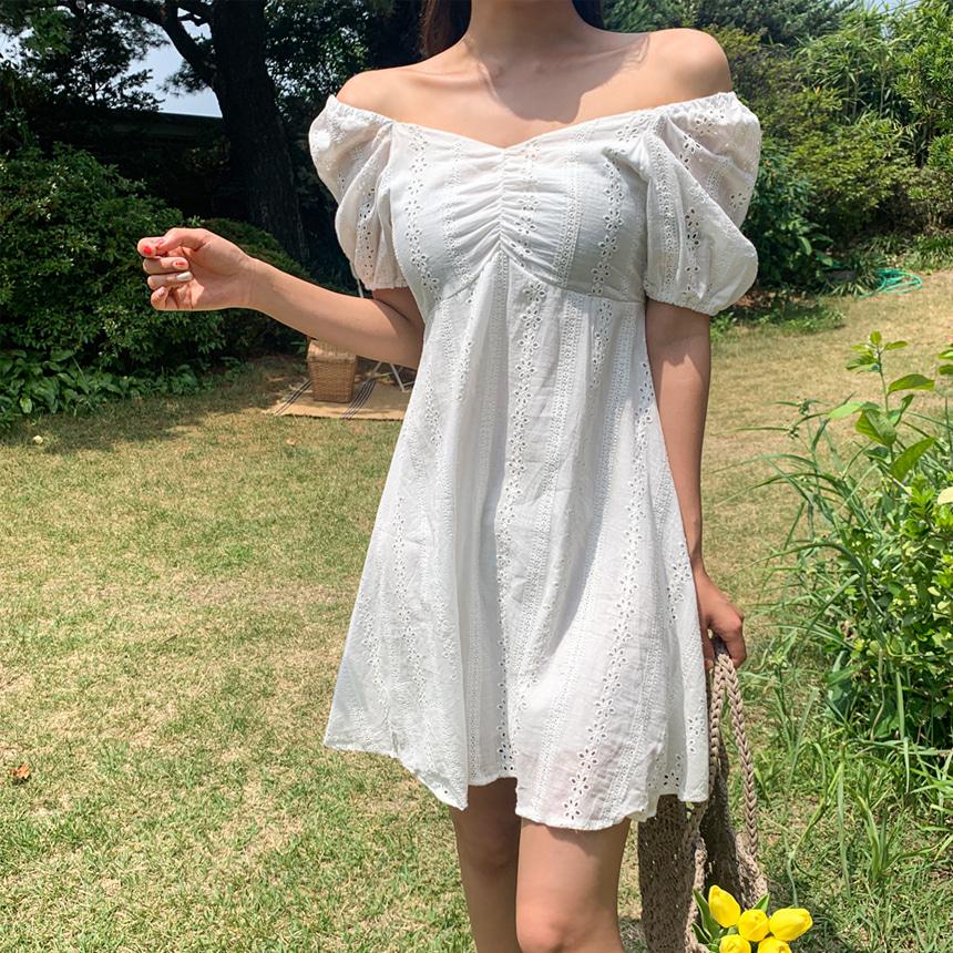 甜美皺摺連身裙
