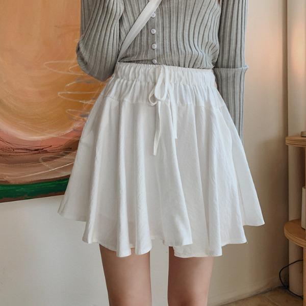 黑白青春傘裙褲