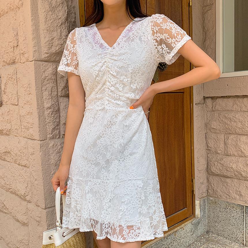 女人味Lace 皺摺連身裙