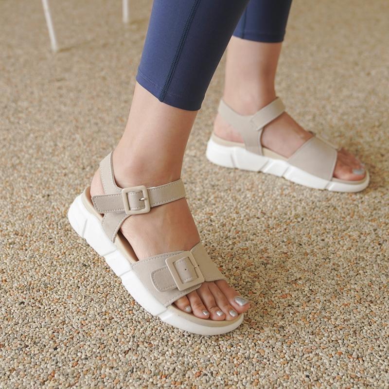 clicknfunny-[롤핀느 버클샌들]♡韓國女裝鞋