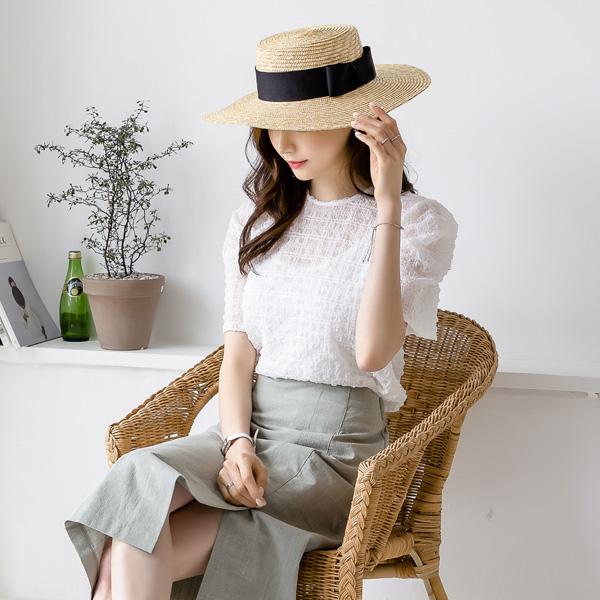 misscandy-[no.18961 셔링소매 라운드넥 엠보블라우스]♡韓國女裝上衣