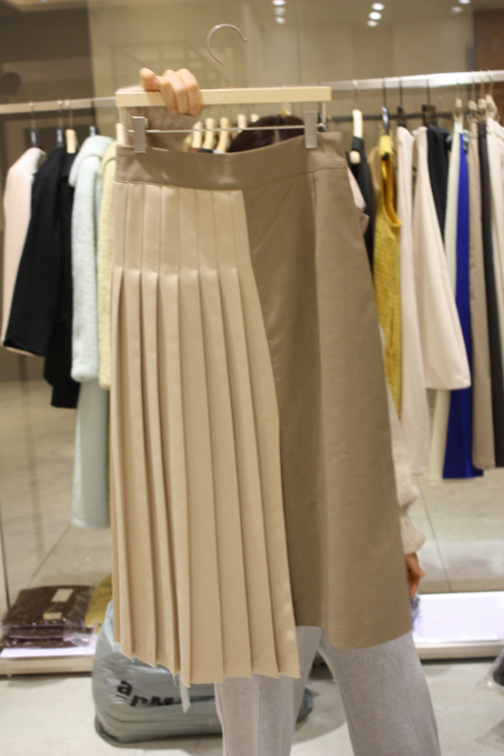 GeSeLLe-- 女士百搭拼接褶襉超長裙